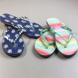 2 Pair Vera Bradley Flip Flops Size L (9-10)